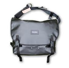 Playbag- messenger bag 2012