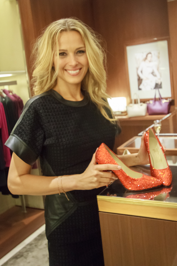 Petra Nemcova, the face of Prague Fashion Night, with the iconic Marilyn Monroe red pumps  Photo Credit: Benjamin Vales